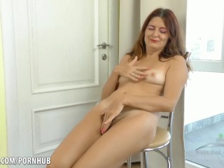 Party woman put dildo in ass