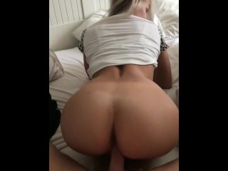Brianna love onion booty